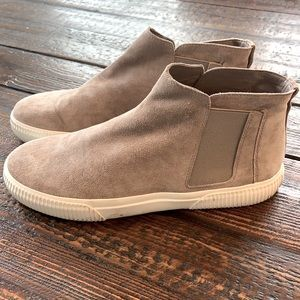 Vince Nira High Top Suede Slip On Sneakers Shoes 9